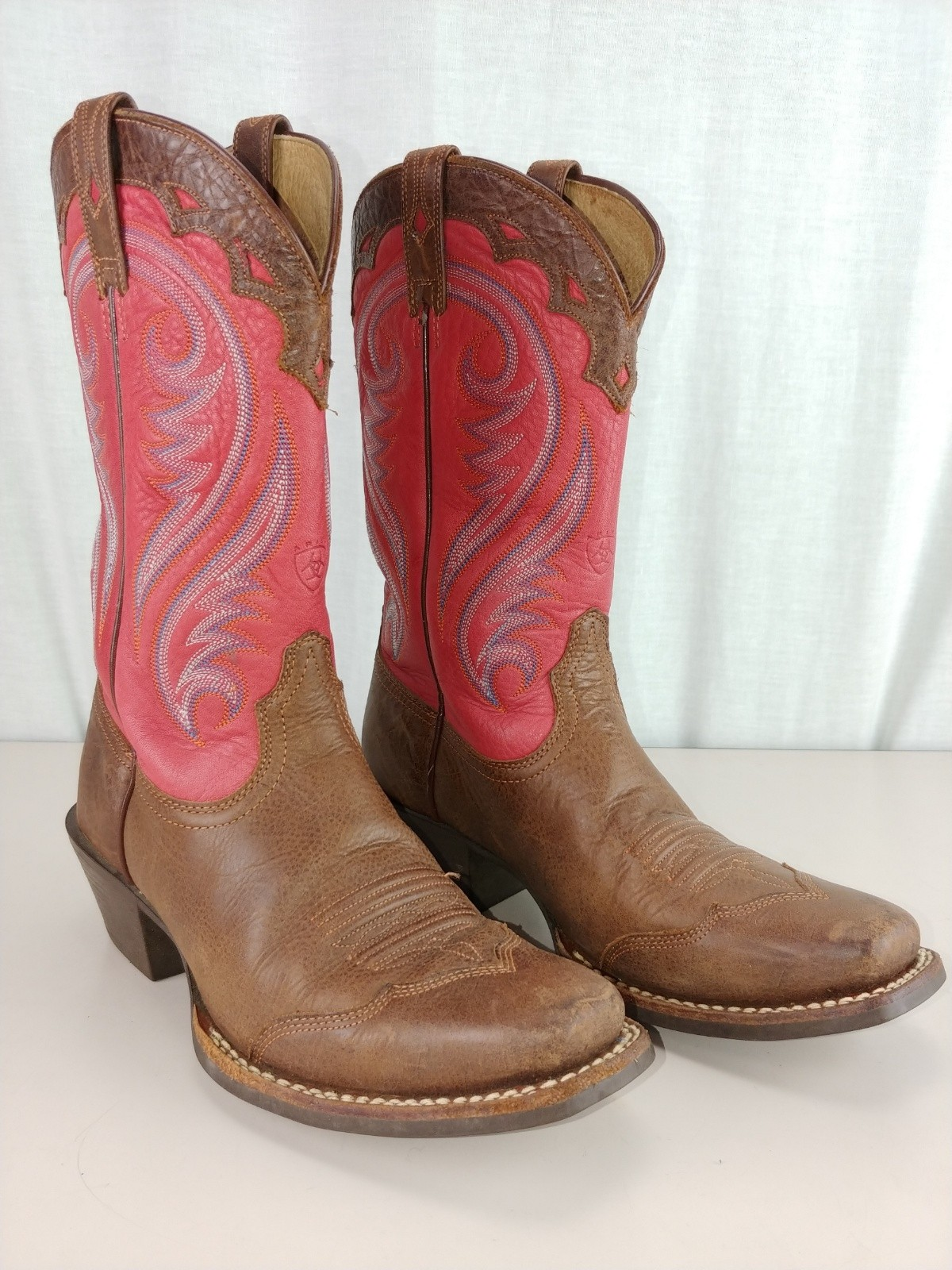 ARIAT Womens7.5 M Legend Square Toe Boots 10001066