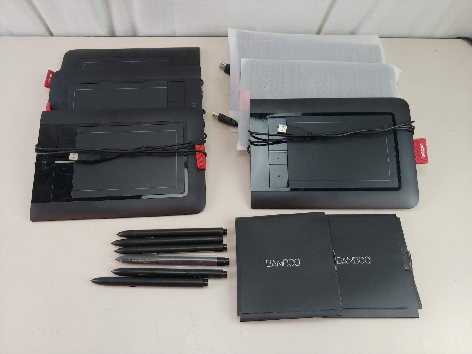 6 Wacom Bamboo Create Pen and Touch Tablet CTH 460