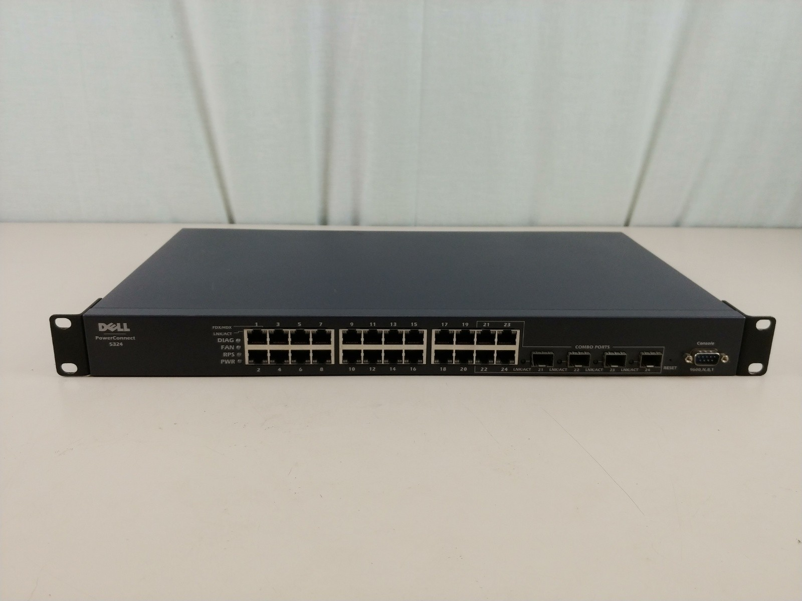 Dell Powerconnect 5324 Switch 24 Gigabit Ports with 4 SFP Ports