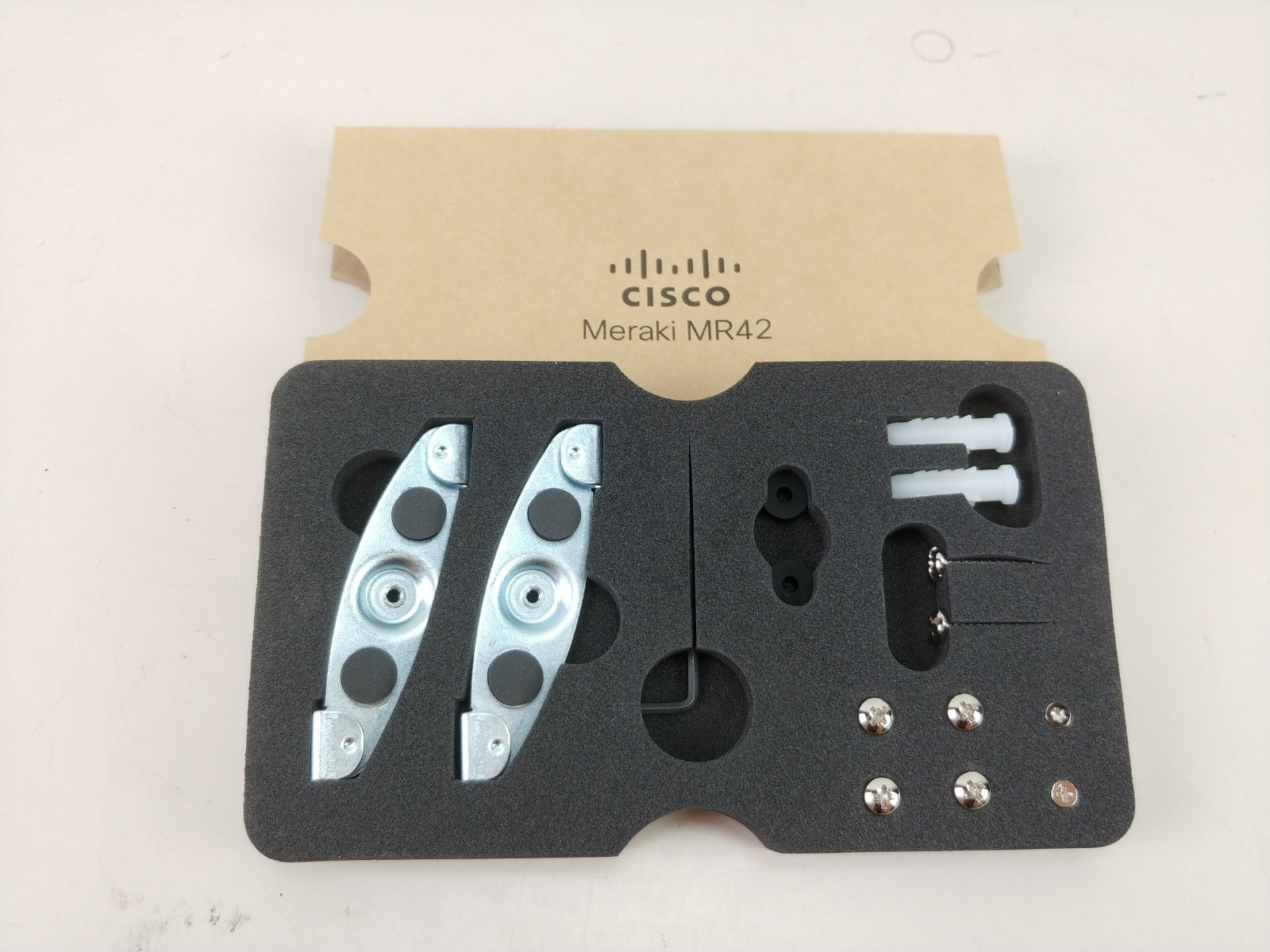 New Cisco Meraki MR42 Cloud Managed Access Point Hardware Mounting Kit Screws