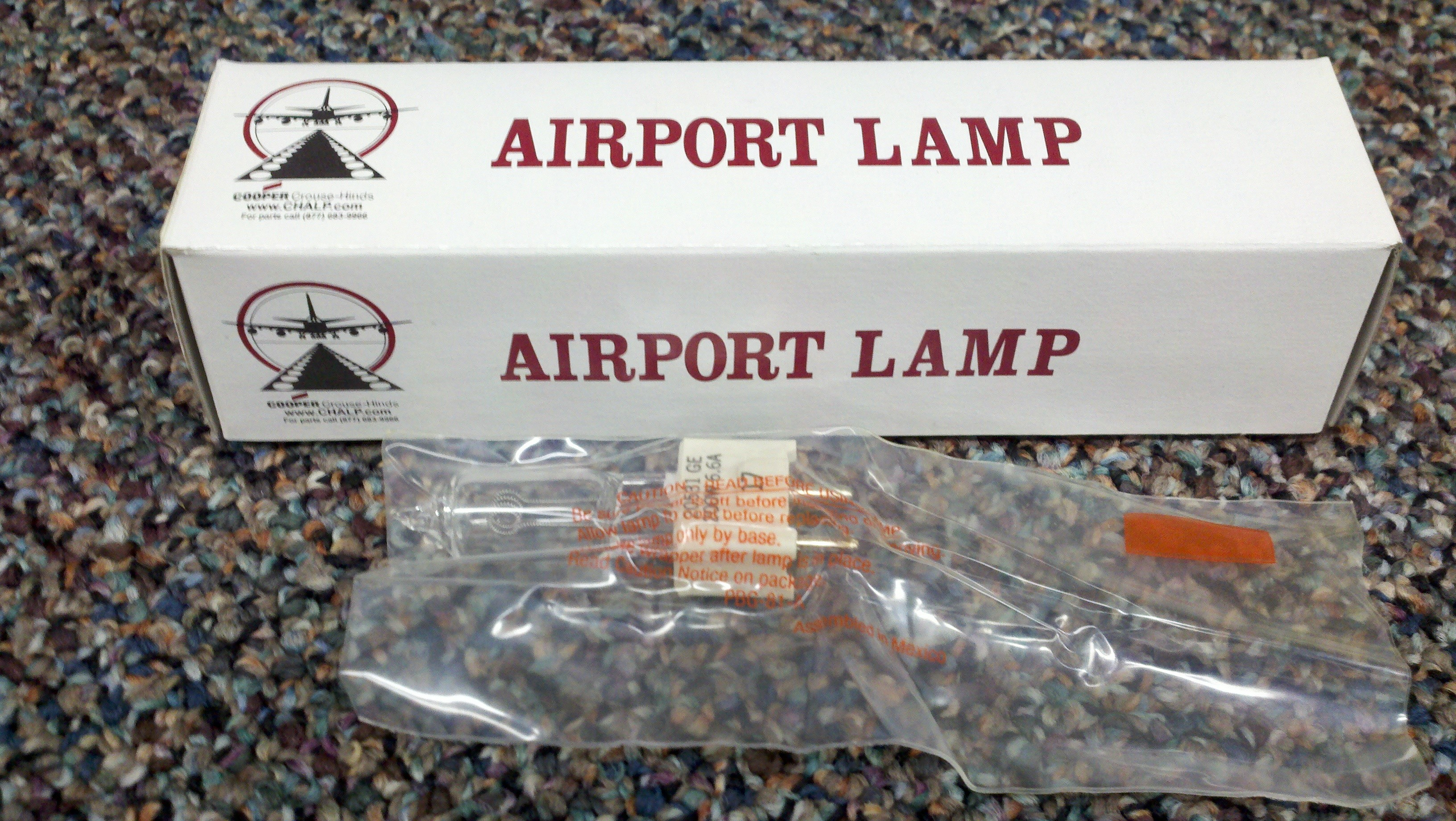 Cooper Crouse-Hinds Original 20531 Airfield  Light Bulb 200W 6.6A