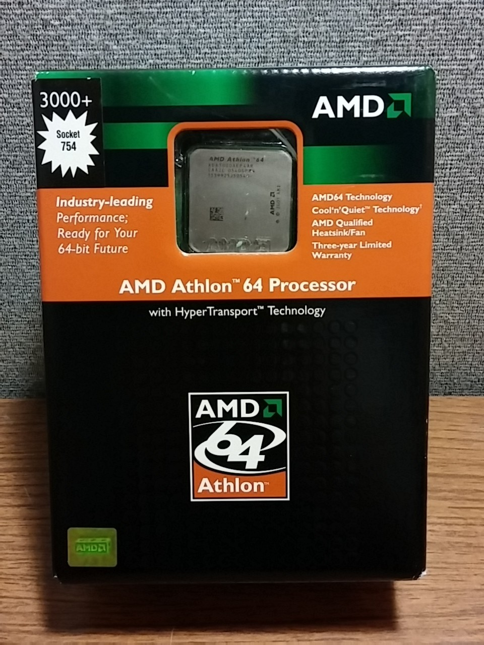 NEW Retail AMD Athlon 64 3000+ CPU & Fan Socket 754