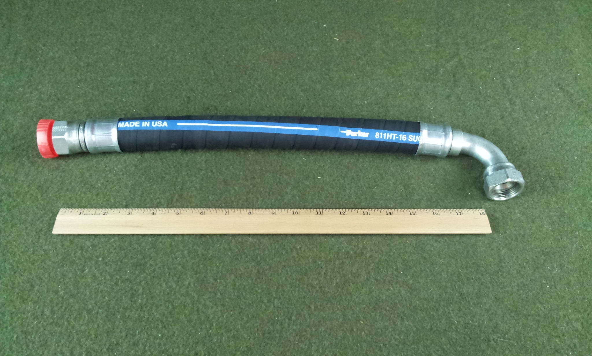 """Parker 811HT-16 1"""" Hydraulic Hose With 1"""" NPT Female Fittings"""