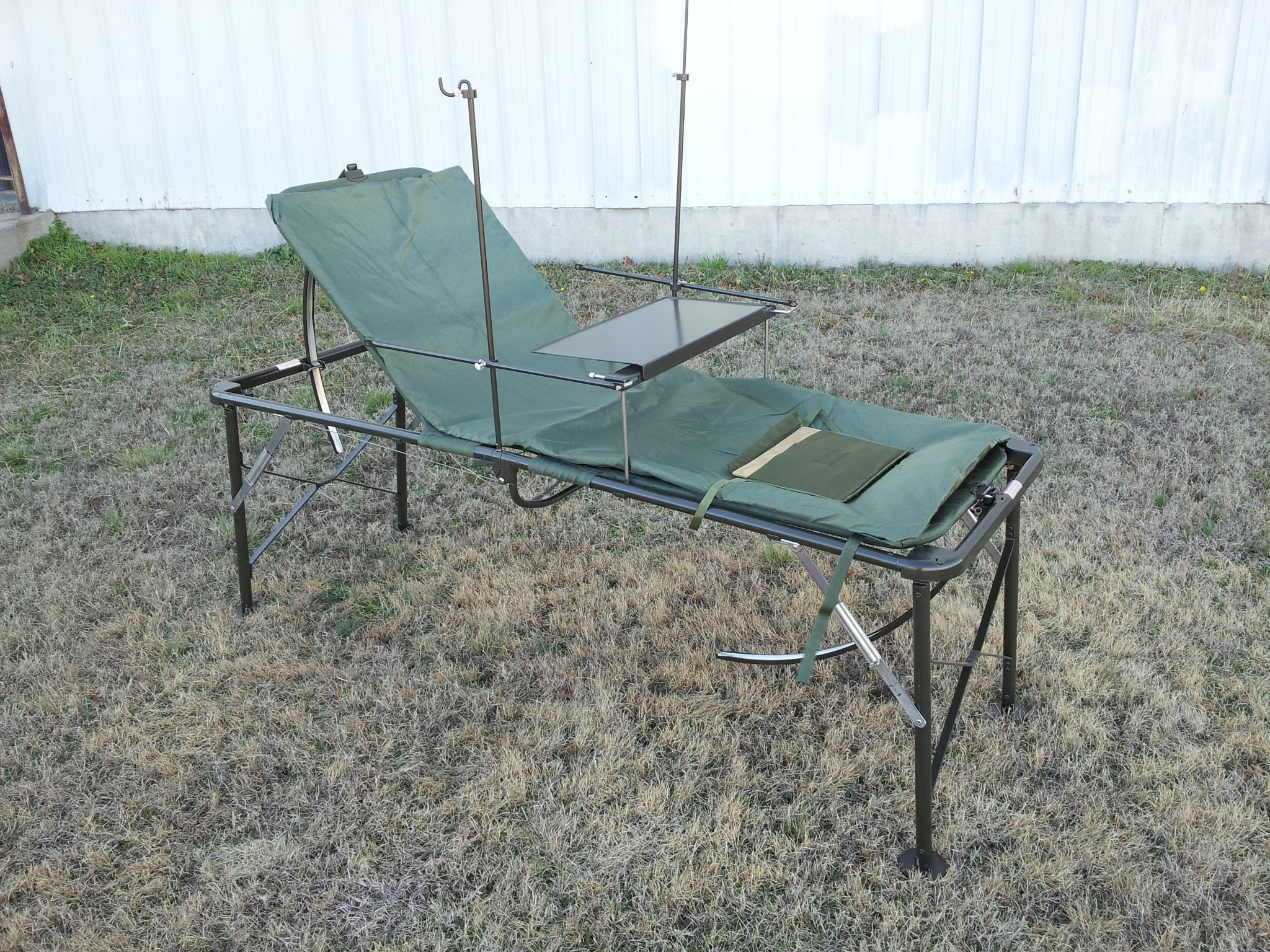 New  Military Adjustable Field Hospital Bed Cot FEMA