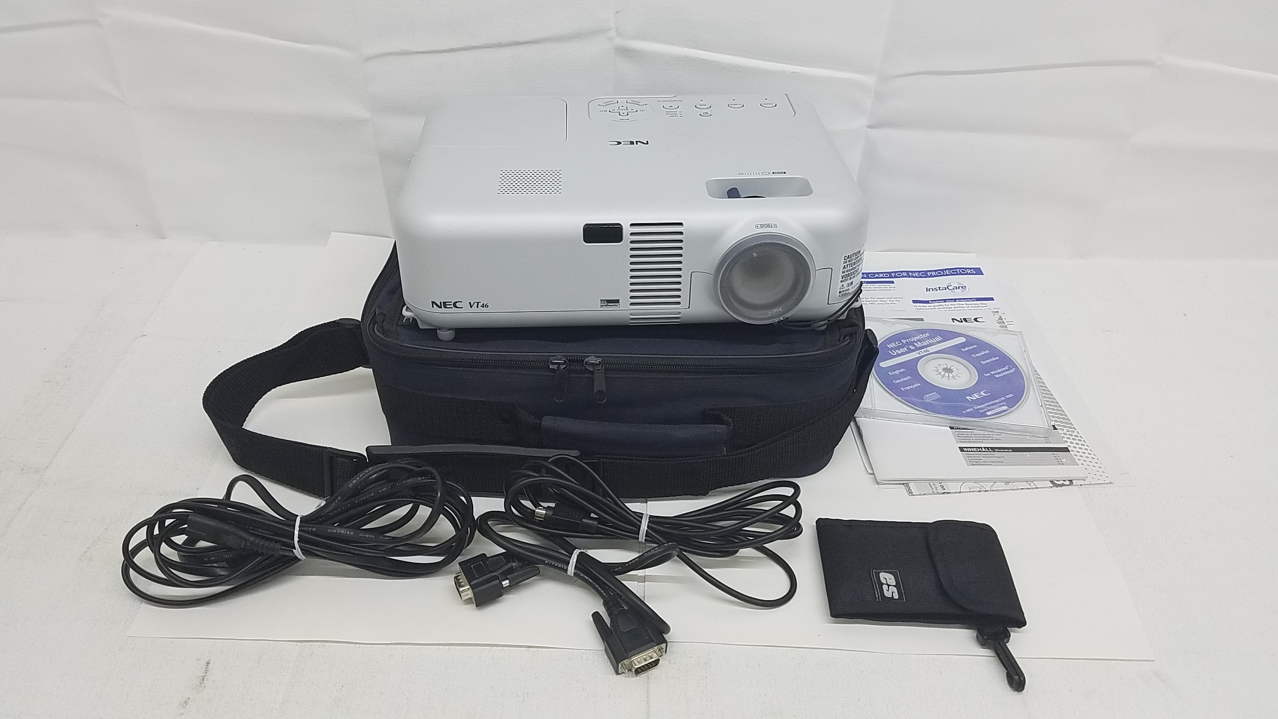 NEC VT46 3 LCD Projector  315 Total Hours with Remote and Cables