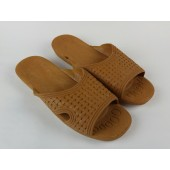 Mens Shower Shoes / Sandels Tan Size 12